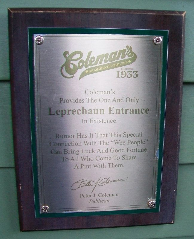 Coleman's Irish Pub Leprechaun Entrance Marker image. Click for full size.