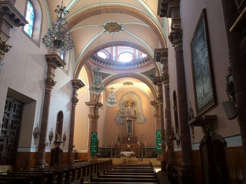 The interior of the Parroquia de Santa María in Amealco. image. Click for full size.