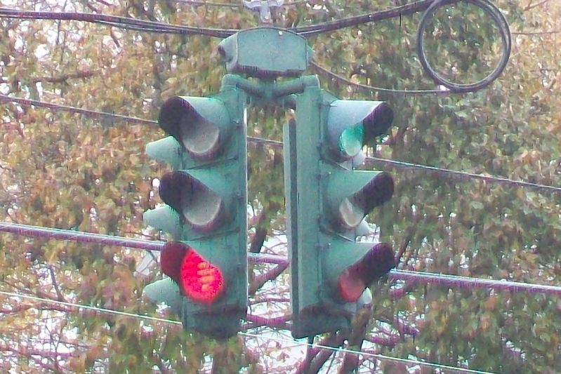 Tipperary Hill Traffic Light image. Click for full size.