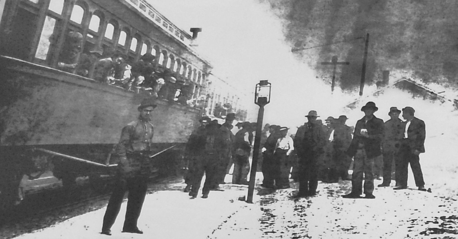 Marker detail: Firefighters Arriving by Train image. Click for full size.