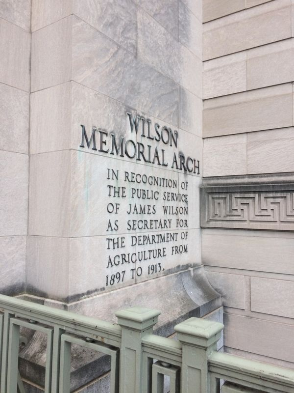 Wilson Memorial Arch Marker image. Click for full size.
