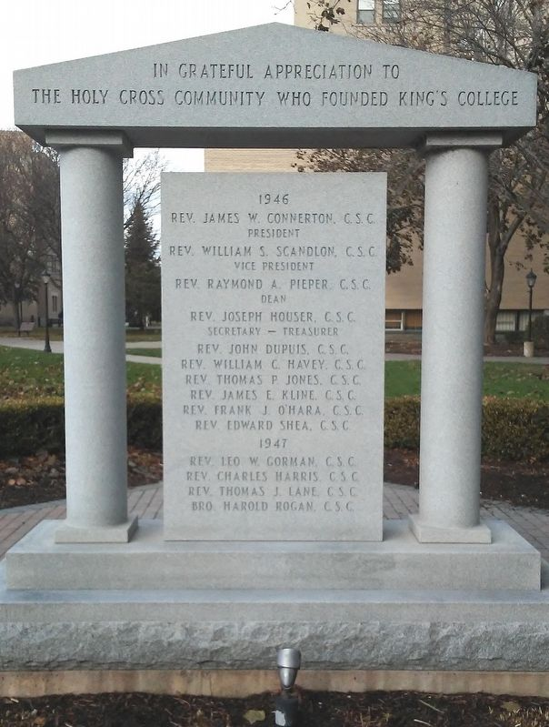 King's College Founders Monument image. Click for full size.