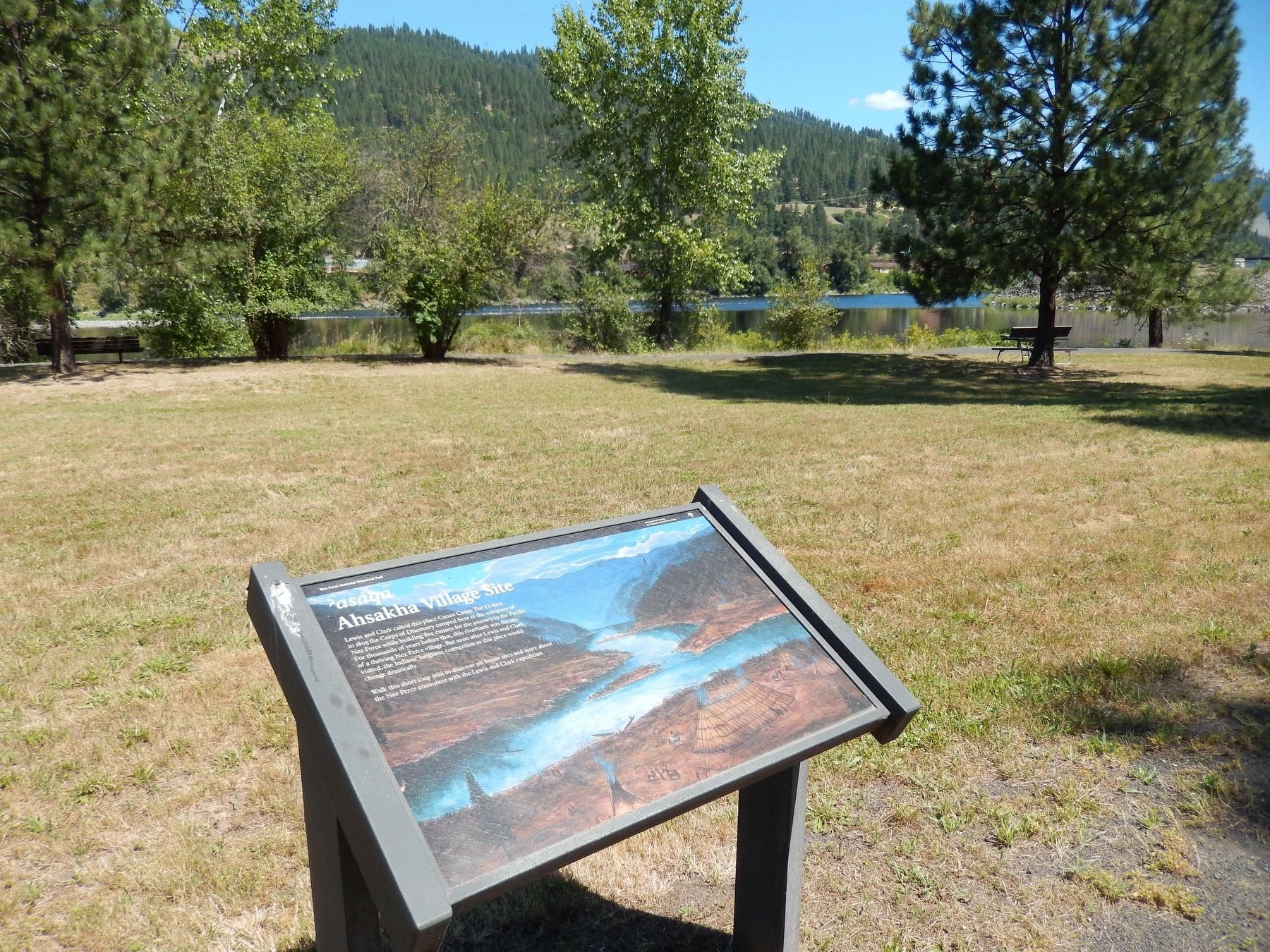 Ahsakha Village Site Marker (<i>wide view showing Clearwater River in background</i>) image. Click for full size.