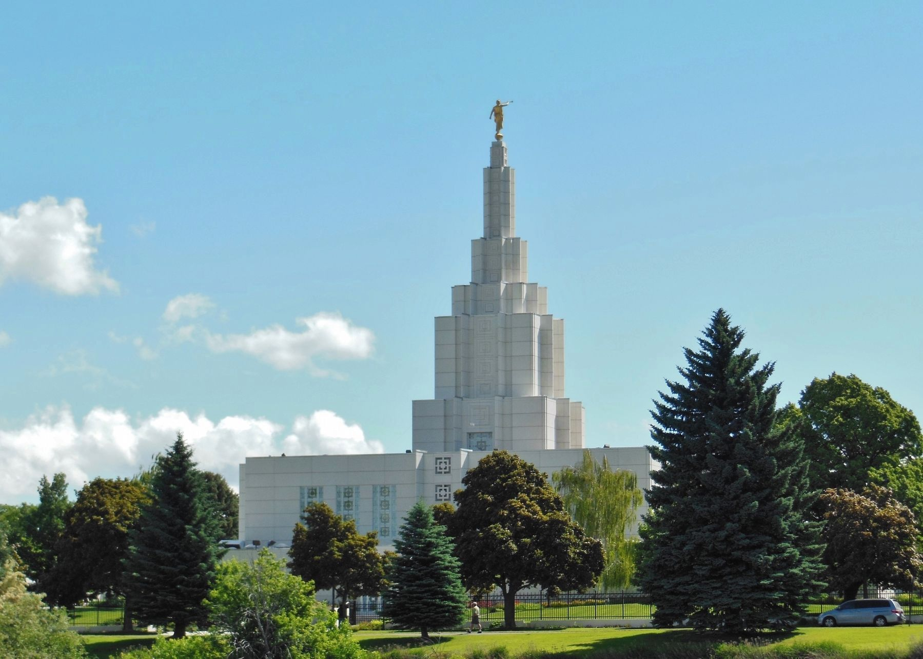 Idaho Falls LDS Temple image. Click for full size.