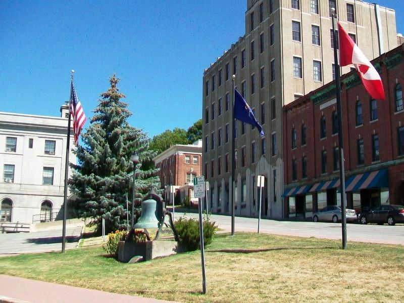 Hersey Memorial Bldg (Old Bangor City Hall) Bell and Marker image. Click for full size.