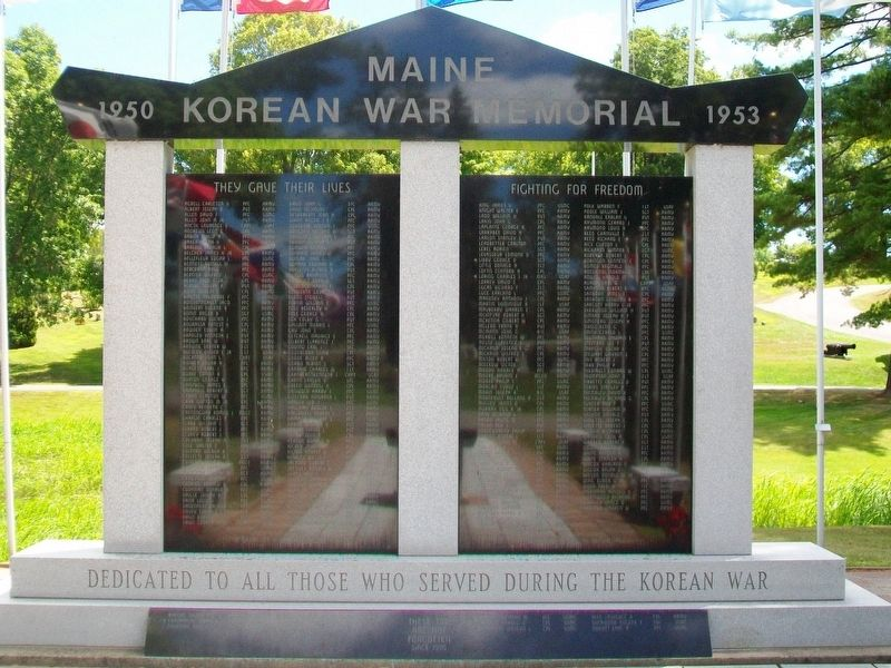 Maine Korean War Memorial (front) image. Click for full size.