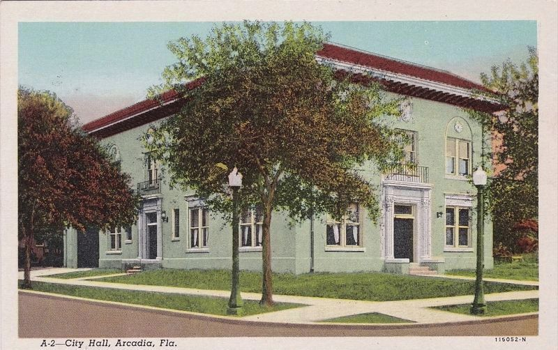 <i>City Hall, Arcadia, Fla.</i> - Postcard View image. Click for full size.