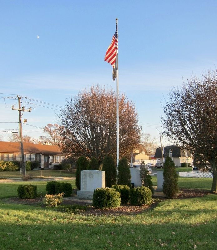 North Babylon Veteran's Memorial Marker - Wide View image. Click for full size.