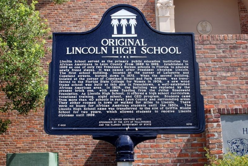 Original Lincoln High School Marker image. Click for full size.