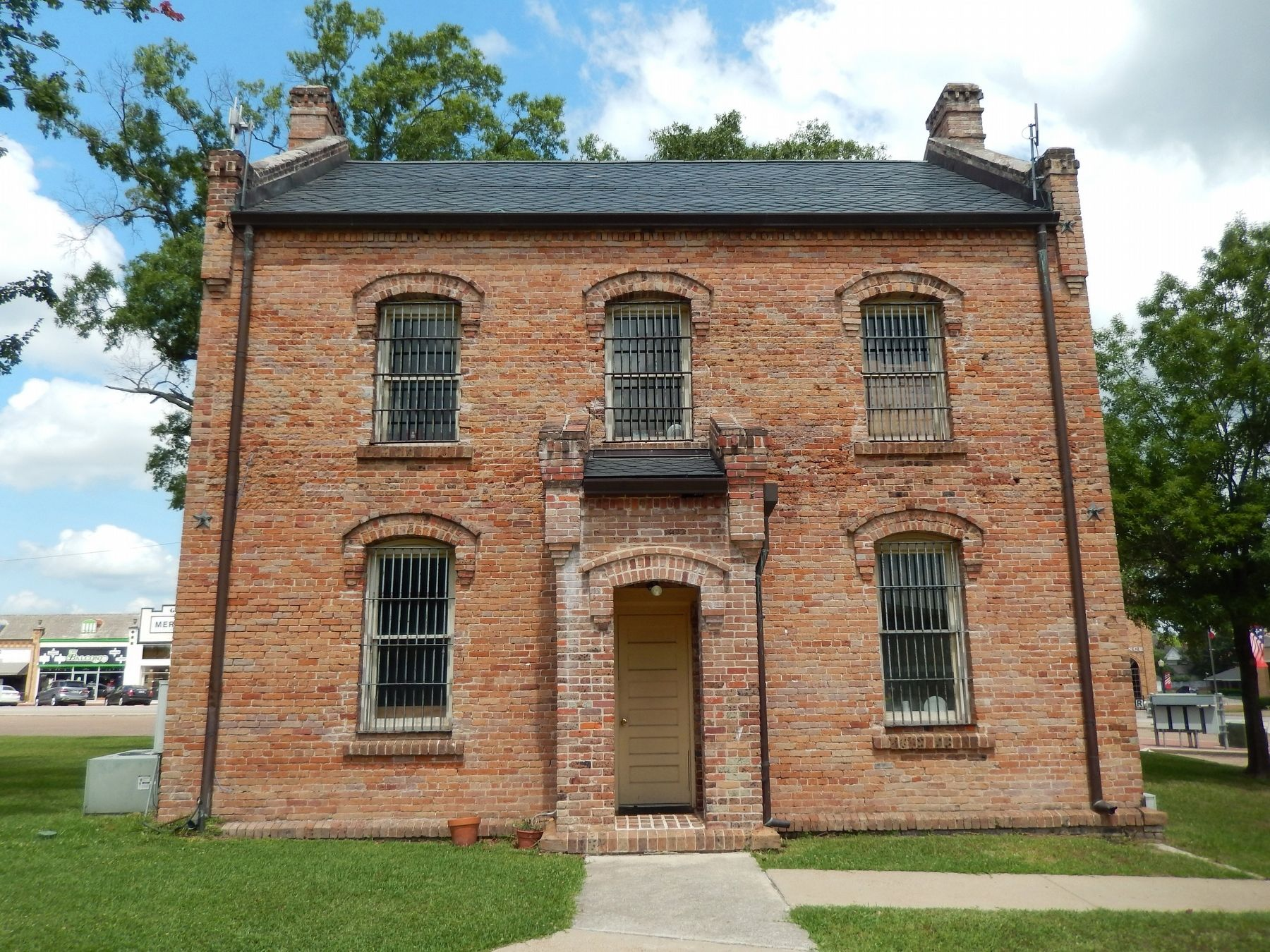 Shelby County Jail (1884) - also built by John Joseph Emmett Gibson image. Click for full size.