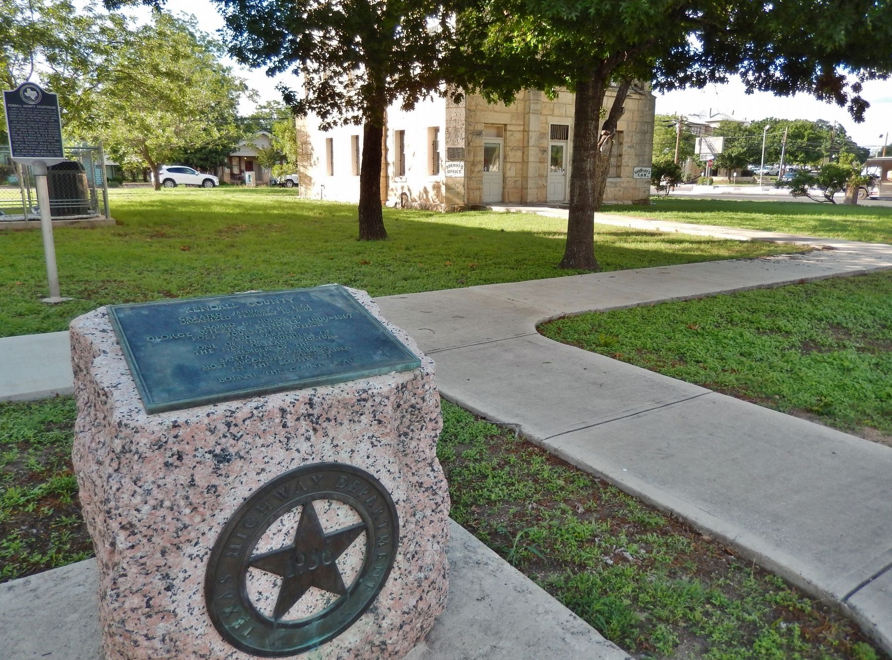 Kendall County Marker (<i>wide view</i>) image. Click for full size.