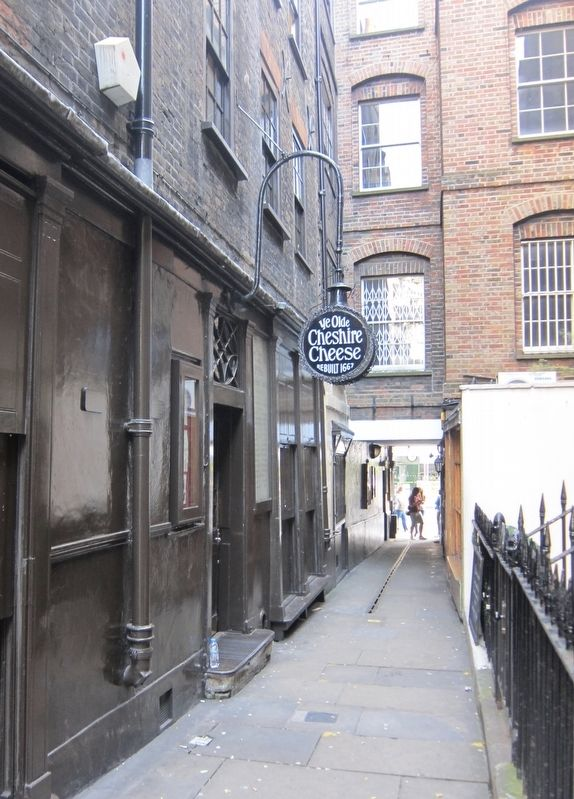 Entrance to the <i>Ye Olde Cheshire Cheese</i> image. Click for full size.
