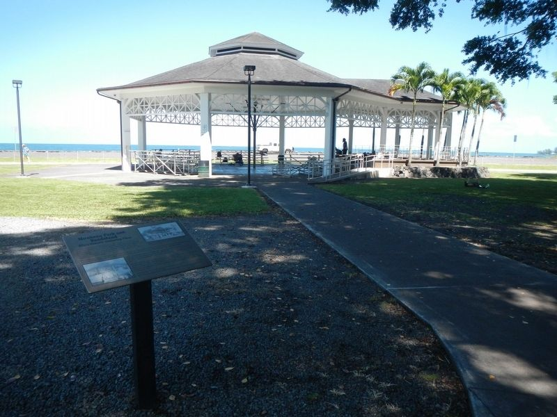 Mo'oheau Park and Bandstand and Marker image. Click for full size.