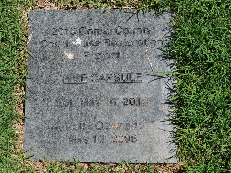 Comal County Courthouse 2013 Time Capsule image. Click for full size.