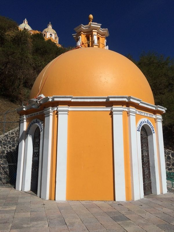 The Wishing Well of Cholula Marker image. Click for full size.
