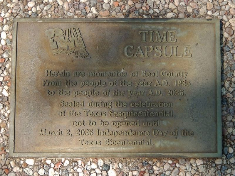 Real County Sesquicentennial / Bicentennial Time Capsule (<i>near marker</i>) image. Click for full size.