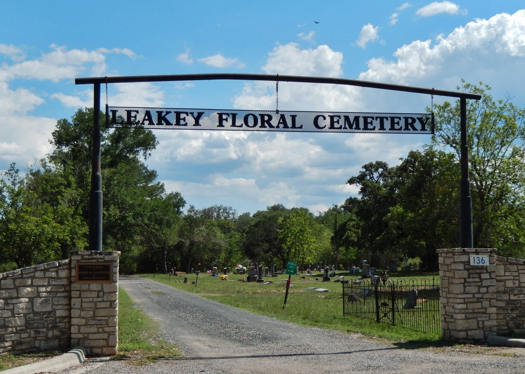 Leakey Cemetery Entrance image. Click for full size.