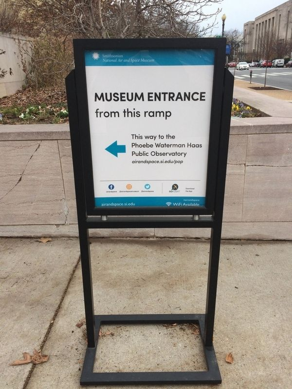 Museum Entrance Sign image. Click for full size.