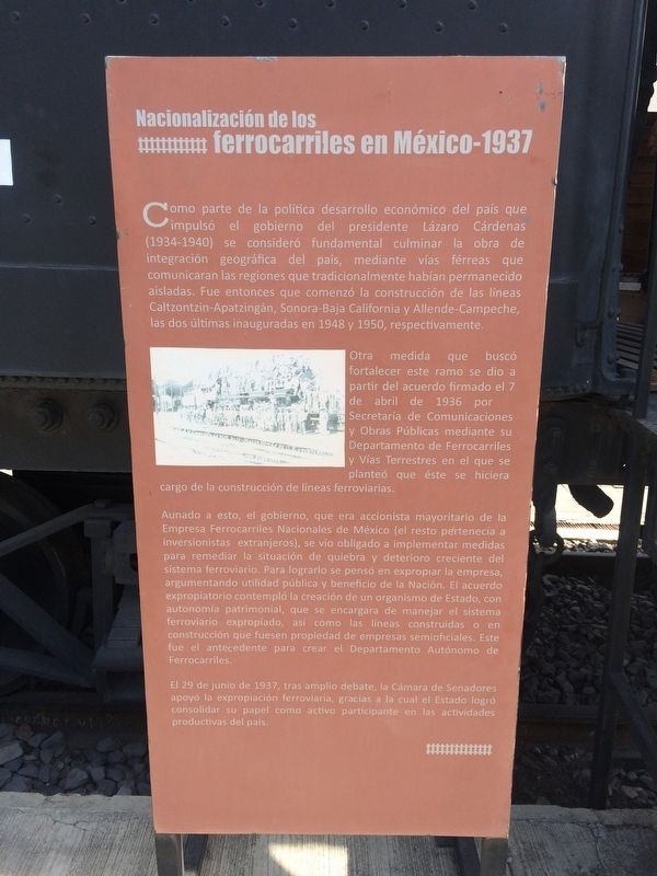 Nationalization of the Railroads of Mexico Marker image. Click for full size.