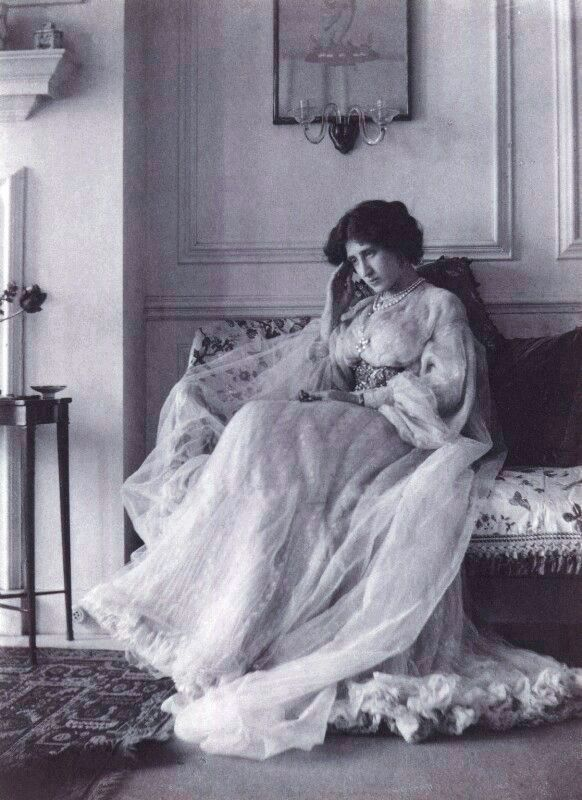 <i>Lady Ottoline Morrell</i> image. Click for full size.