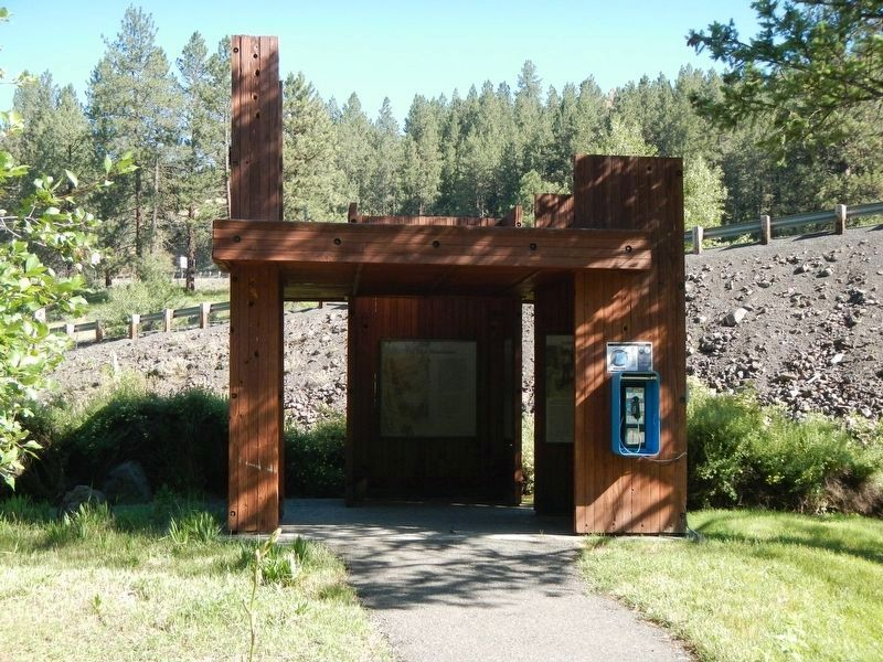Hilgard Junction Oregon Trail Kiosk image. Click for full size.