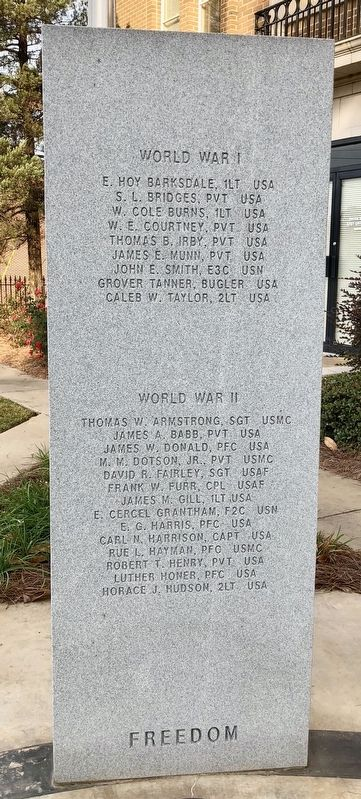 Rankin County War Memorial (WWI & WWII) image. Click for full size.