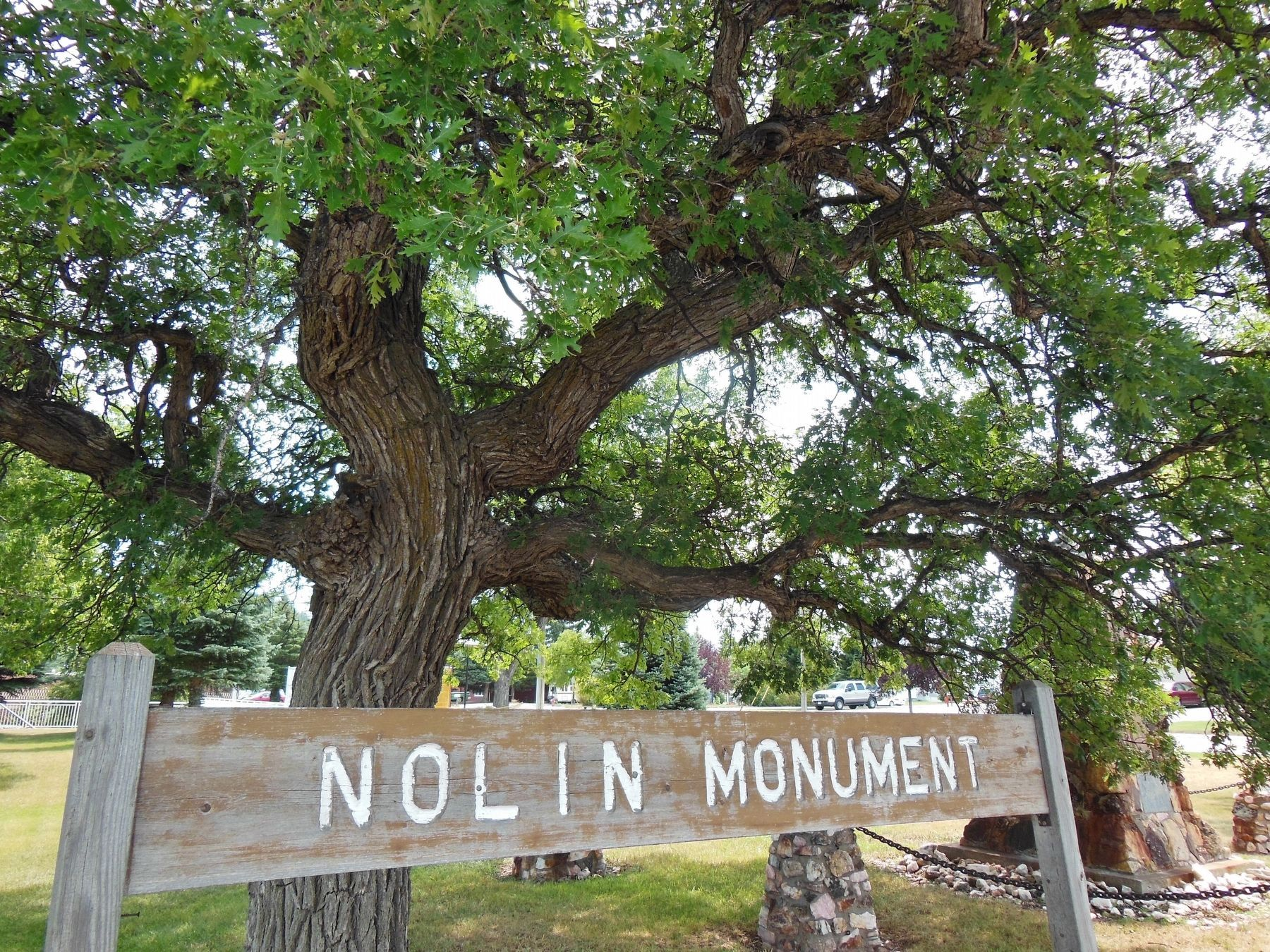 Nolin Monument Sign image. Click for full size.