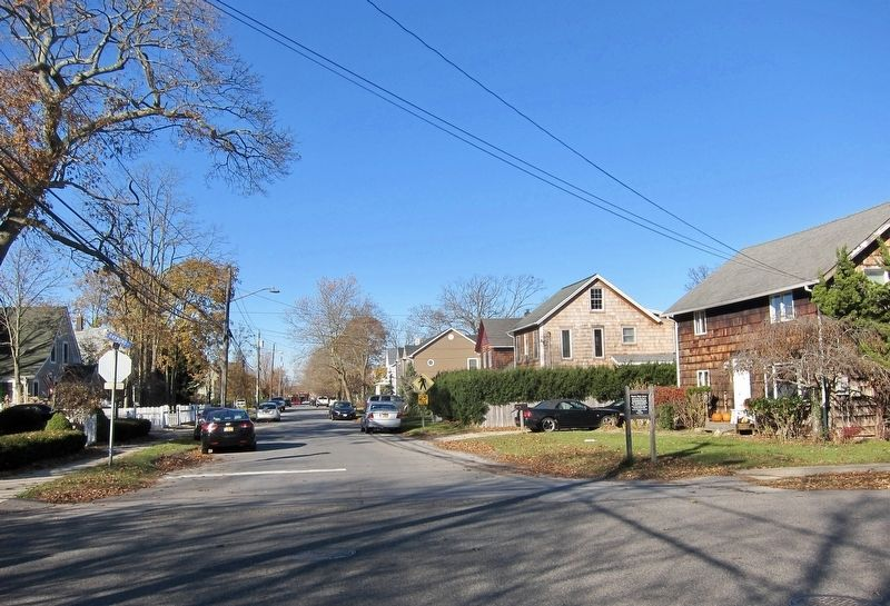Historic Union Avenue Marker - Wide View, Looking North up Union towards Main Street image. Click for full size.