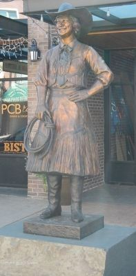 Kathleen McClintock Statue image. Click for full size.