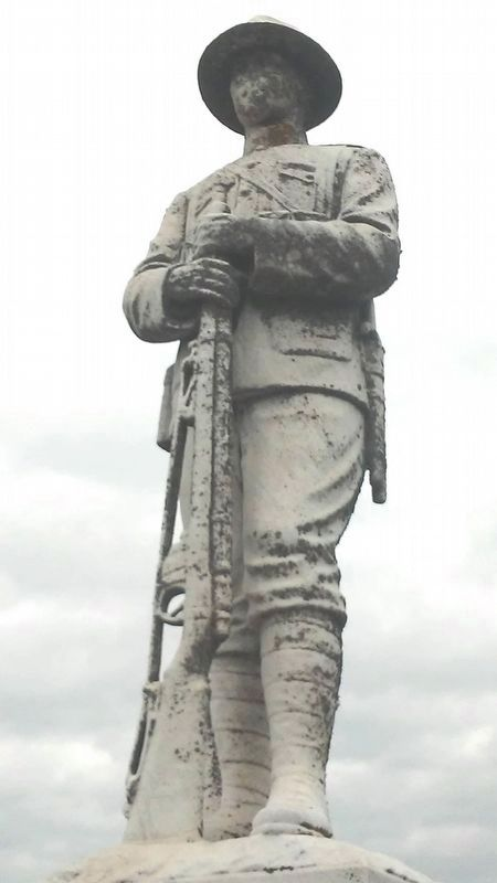 War Memorial WWI Doughboy Statue image. Click for full size.