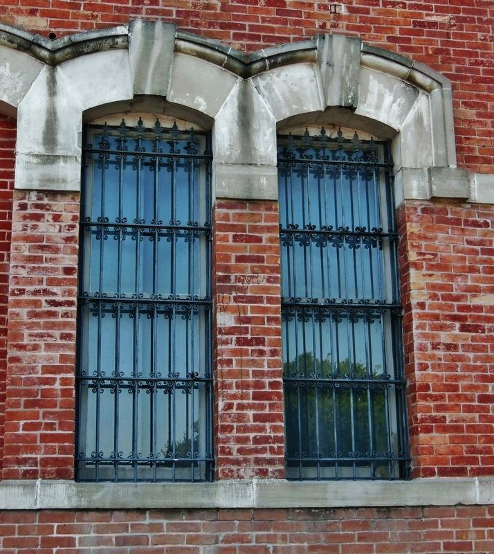 Grimes County Courthouse (<i>window detail</i>) image. Click for full size.