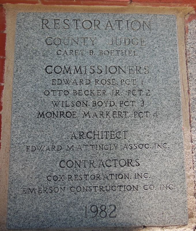 Lee County Courthouse 1982 Restoration Cornerstone image. Click for full size.
