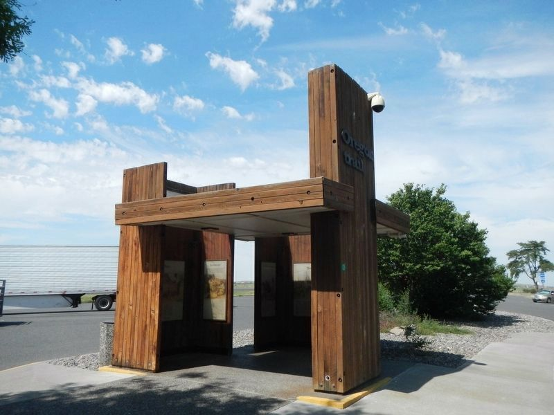 Stansfield Rest Area Oregon Trial Kiosk image. Click for full size.