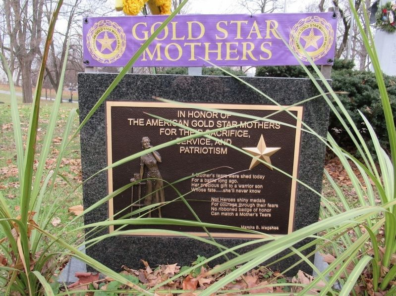 Gold Star Mothers Marker image. Click for full size.