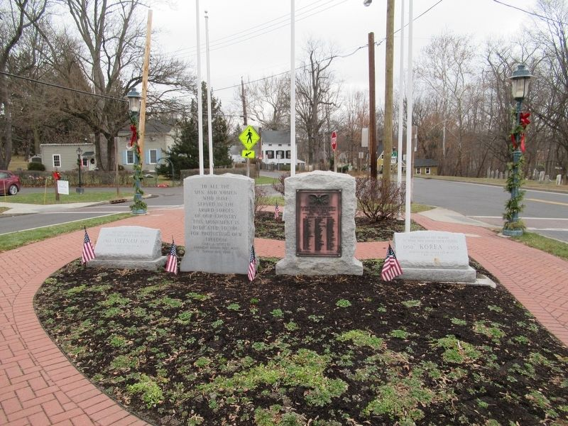 Tappan Veterans Monument image. Click for full size.