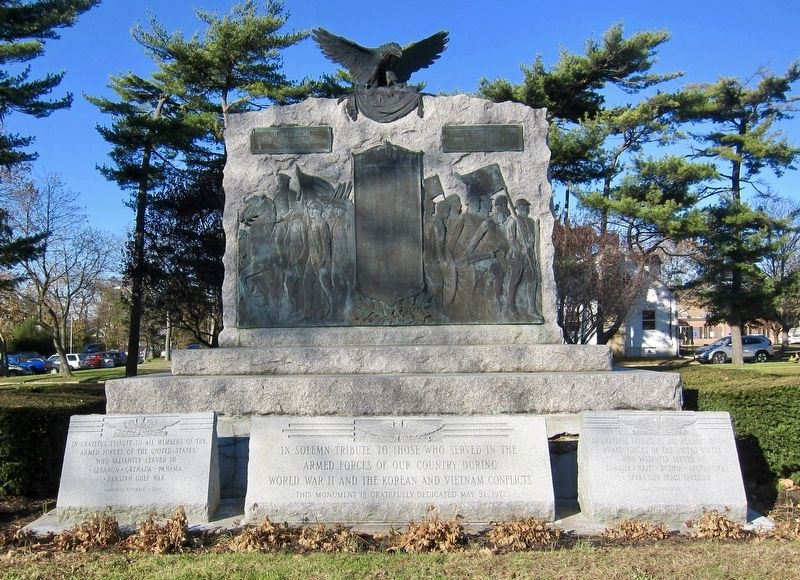 Islip Veterans Memorial Marker image. Click for full size.