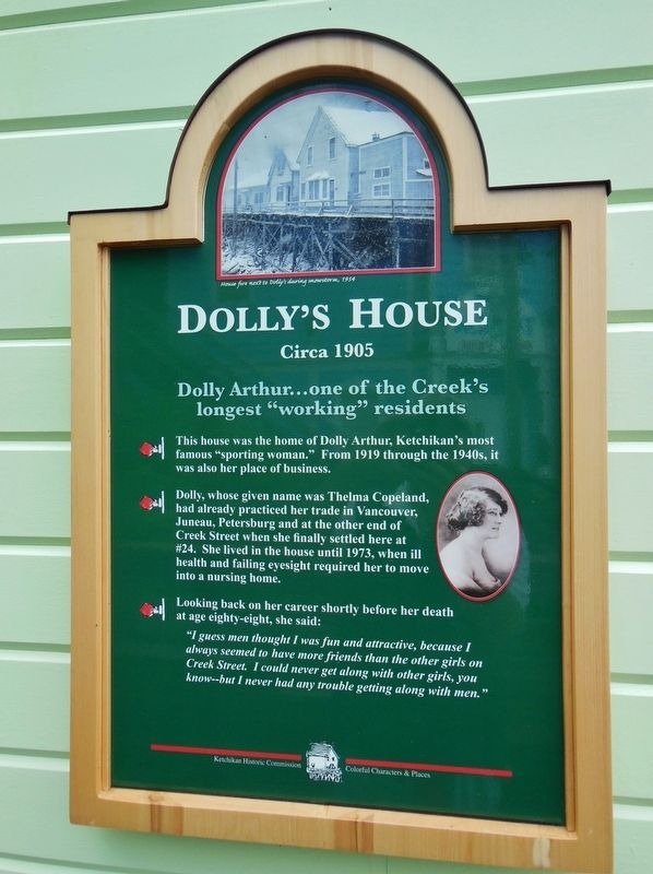 Dolly's House Marker image. Click for full size.