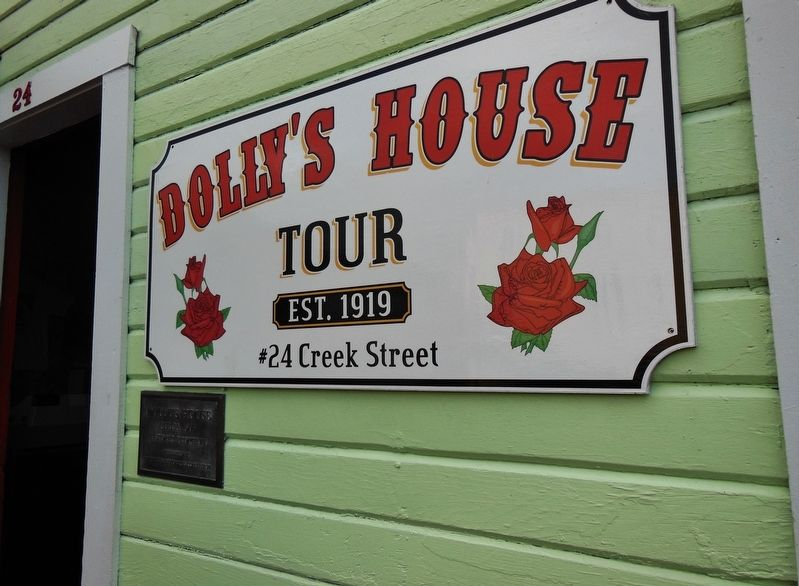 Dolly's House Sign image. Click for full size.