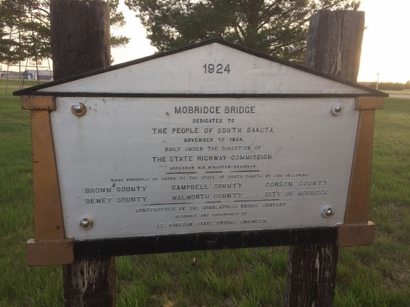 Mobridge Bridge Marker image. Click for full size.