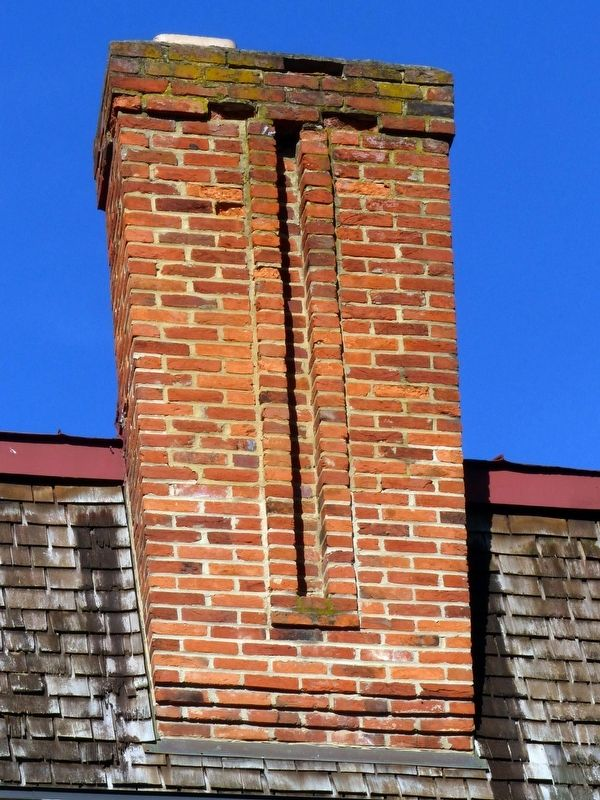 Quigg House Chimney image. Click for full size.