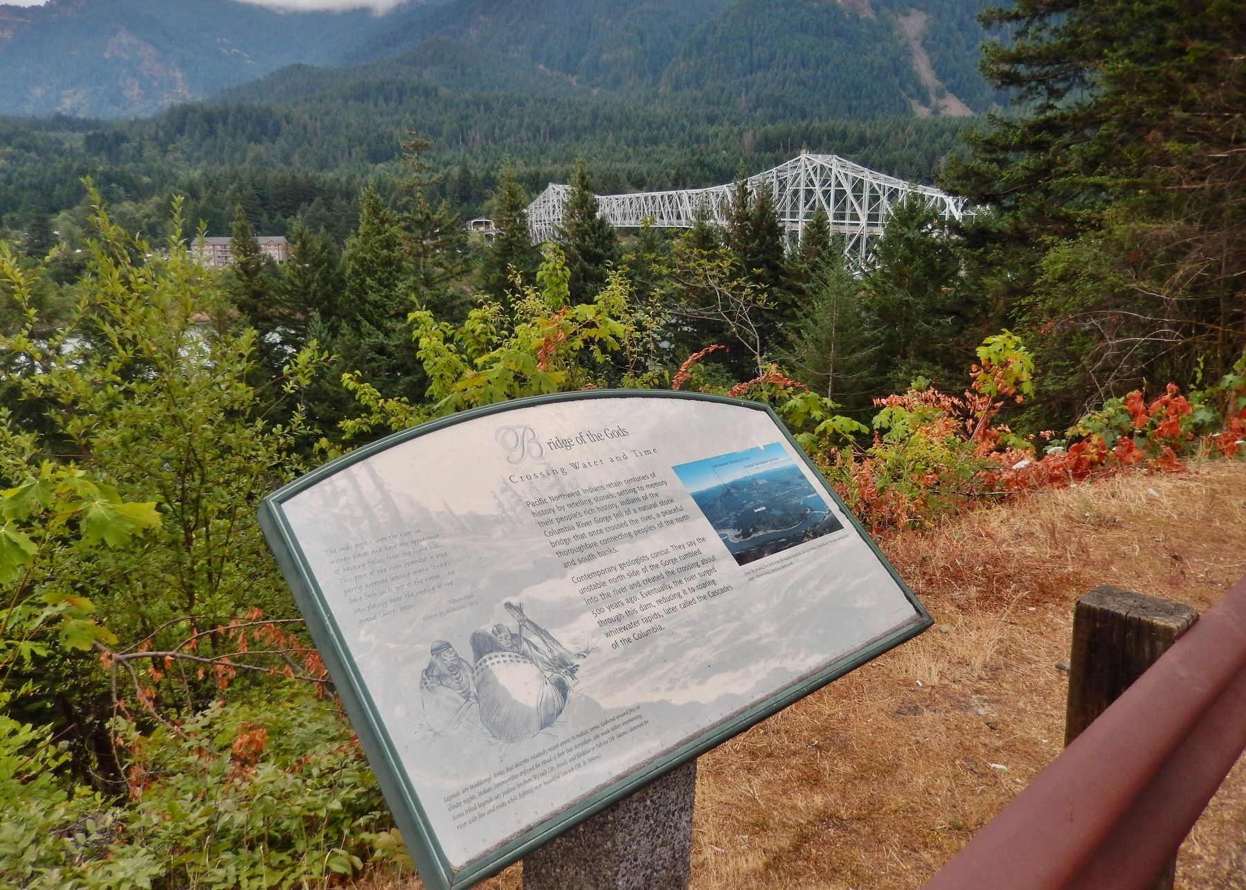 Bridge of the Gods Marker (<i>wide view; bridge in the background</i>) image. Click for full size.