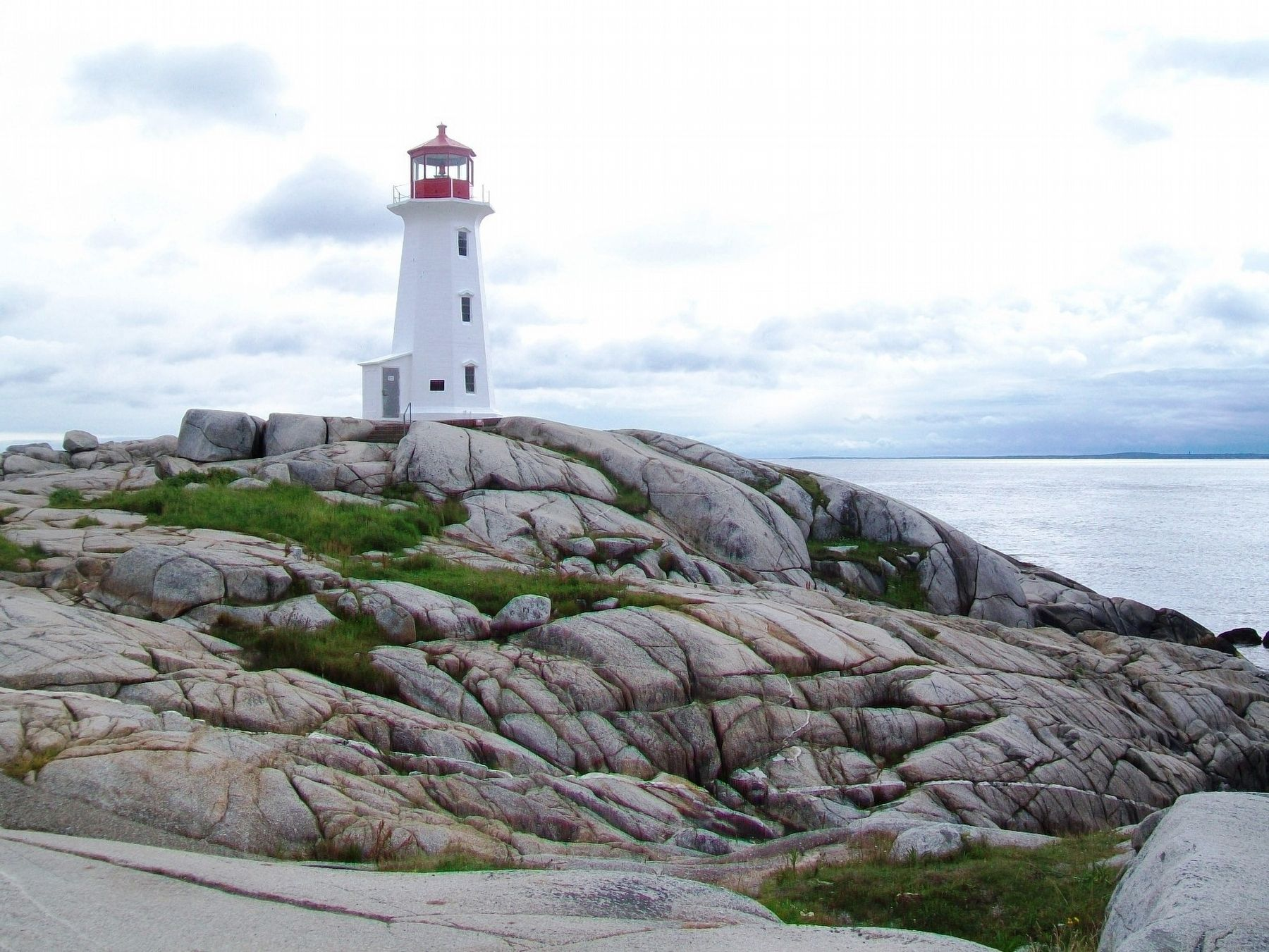 Peggy's Cove Lighthouse image. Click for full size.