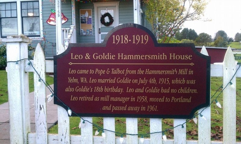 Leo & Goldie Hammersmith House Marker image. Click for full size.