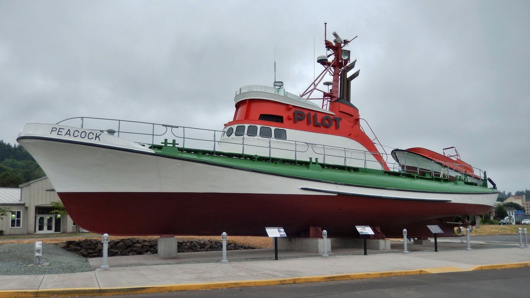 Pilot Boat <i>Peacock</i> (<i>wide view</i>) image. Click for full size.