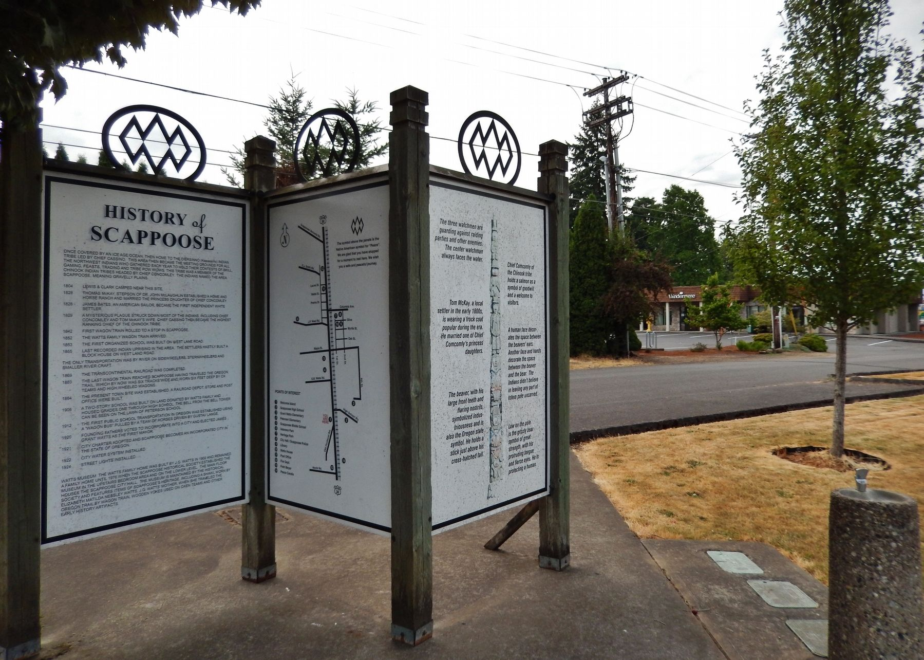 History of Scappoose Marker (<i>wide view; showing Indian peace symbol on top of panels</i>) image. Click for full size.