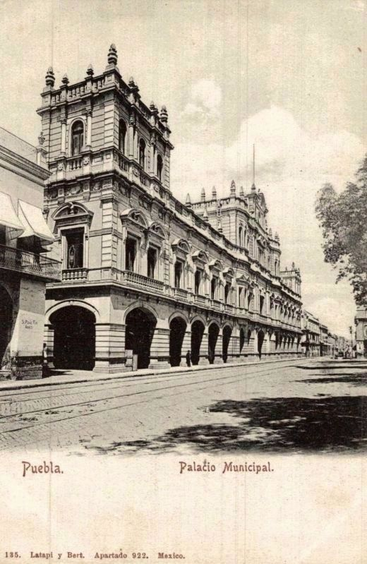 The Municipal Palace image. Click for full size.