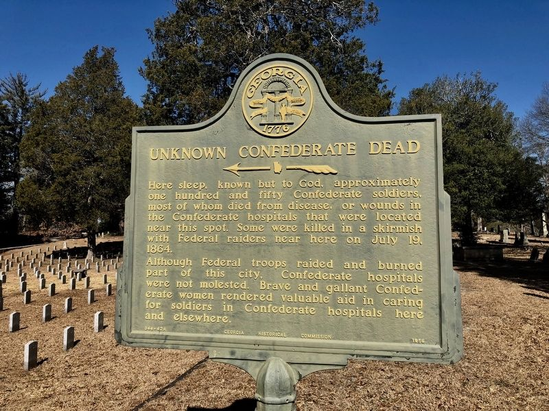 Another nearby marker about the Confederate dead. image. Click for full size.