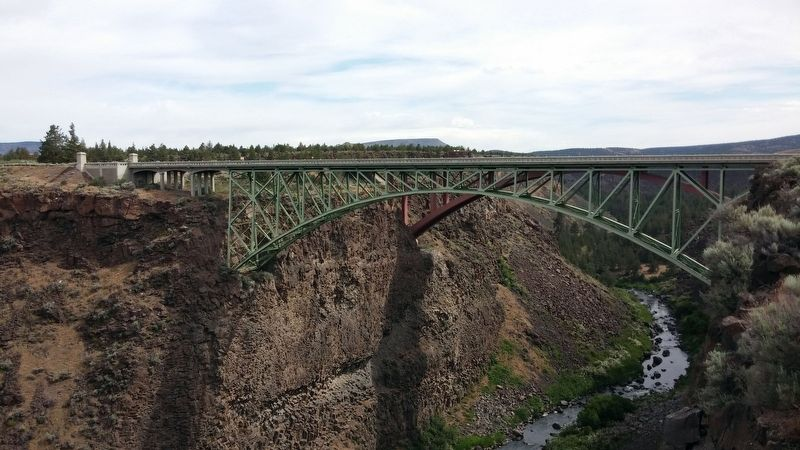 Crooked River (High) Bridge image. Click for full size.