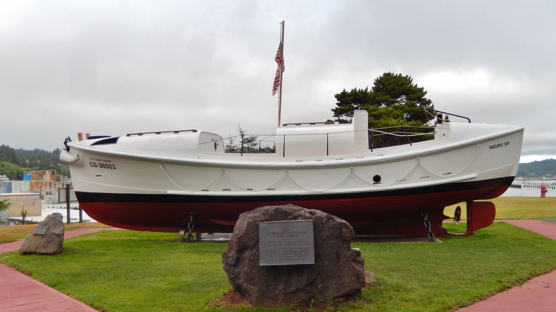 United States Coast Guard Motor Lifeboat CG 36503 Marker (<i>wide view</i>) image. Click for full size.