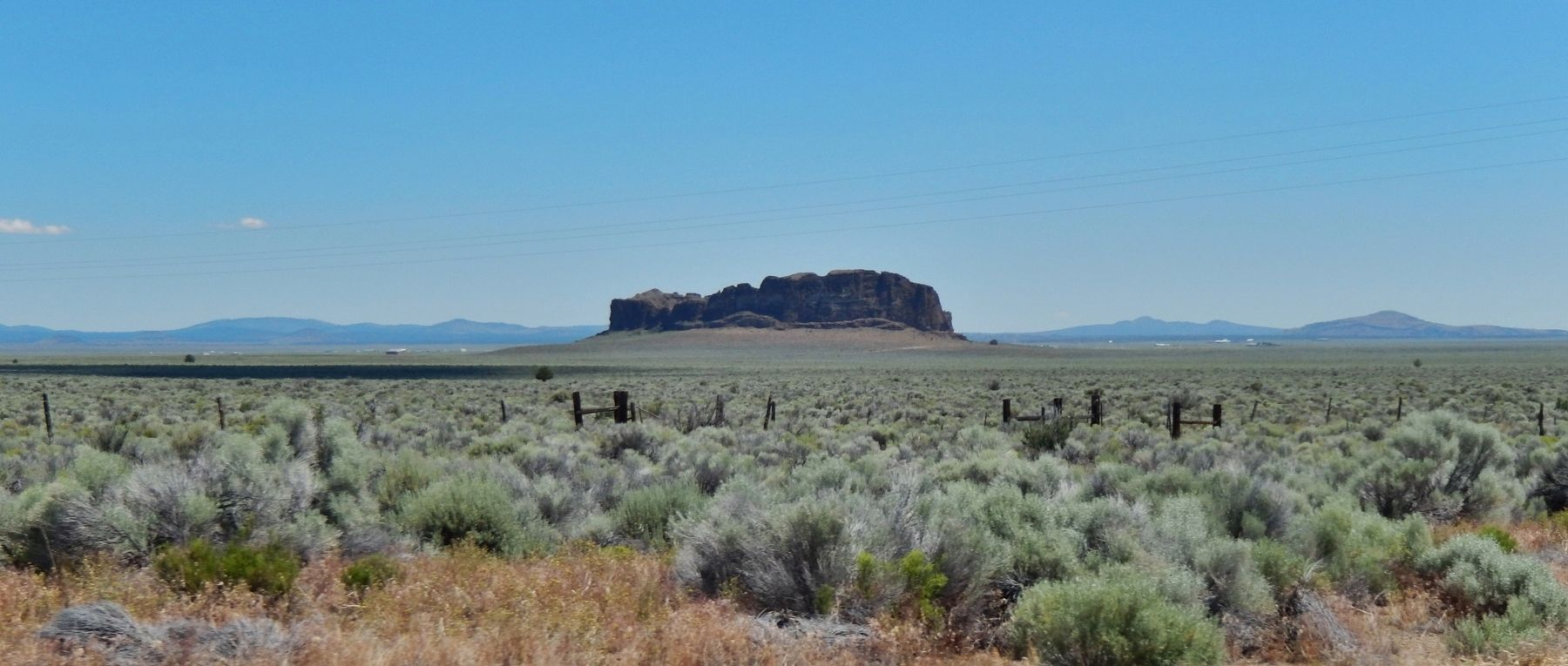 Ranchland around Fort Rock image. Click for full size.